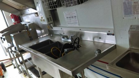 3 compartment sink and propane flattop griddle