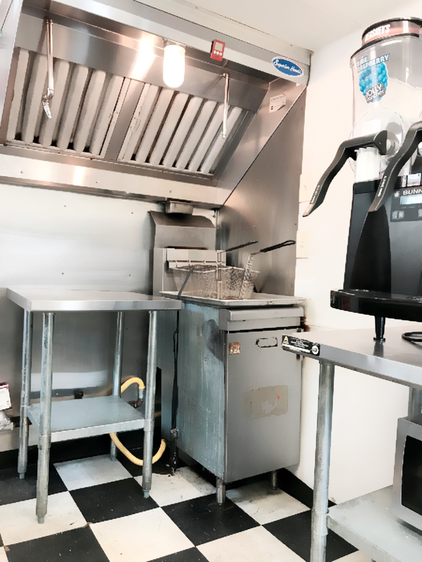 Superior Hood and Qualite Fryers in 2014 Trailer
