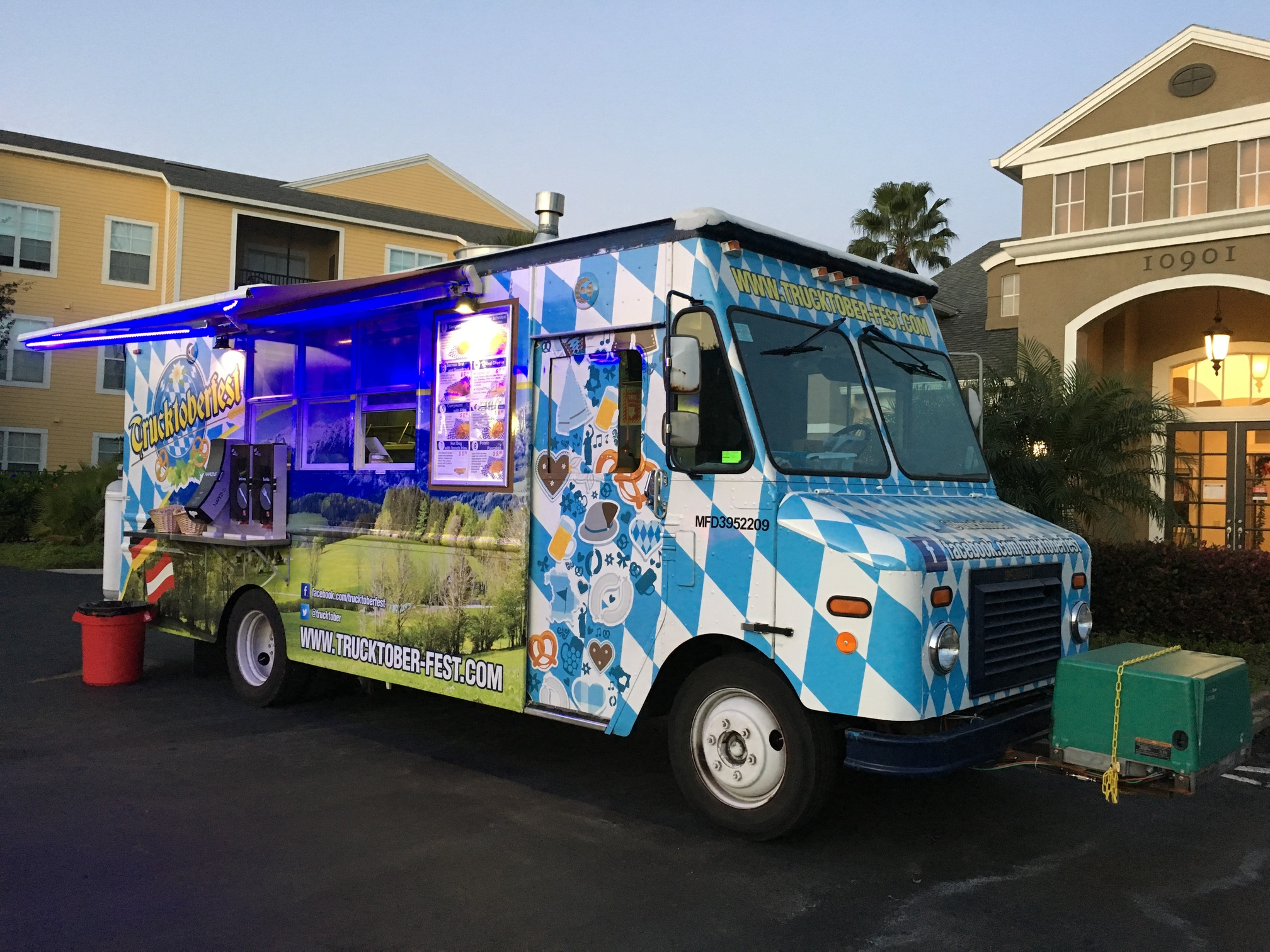 Catering By Design Food Trucks