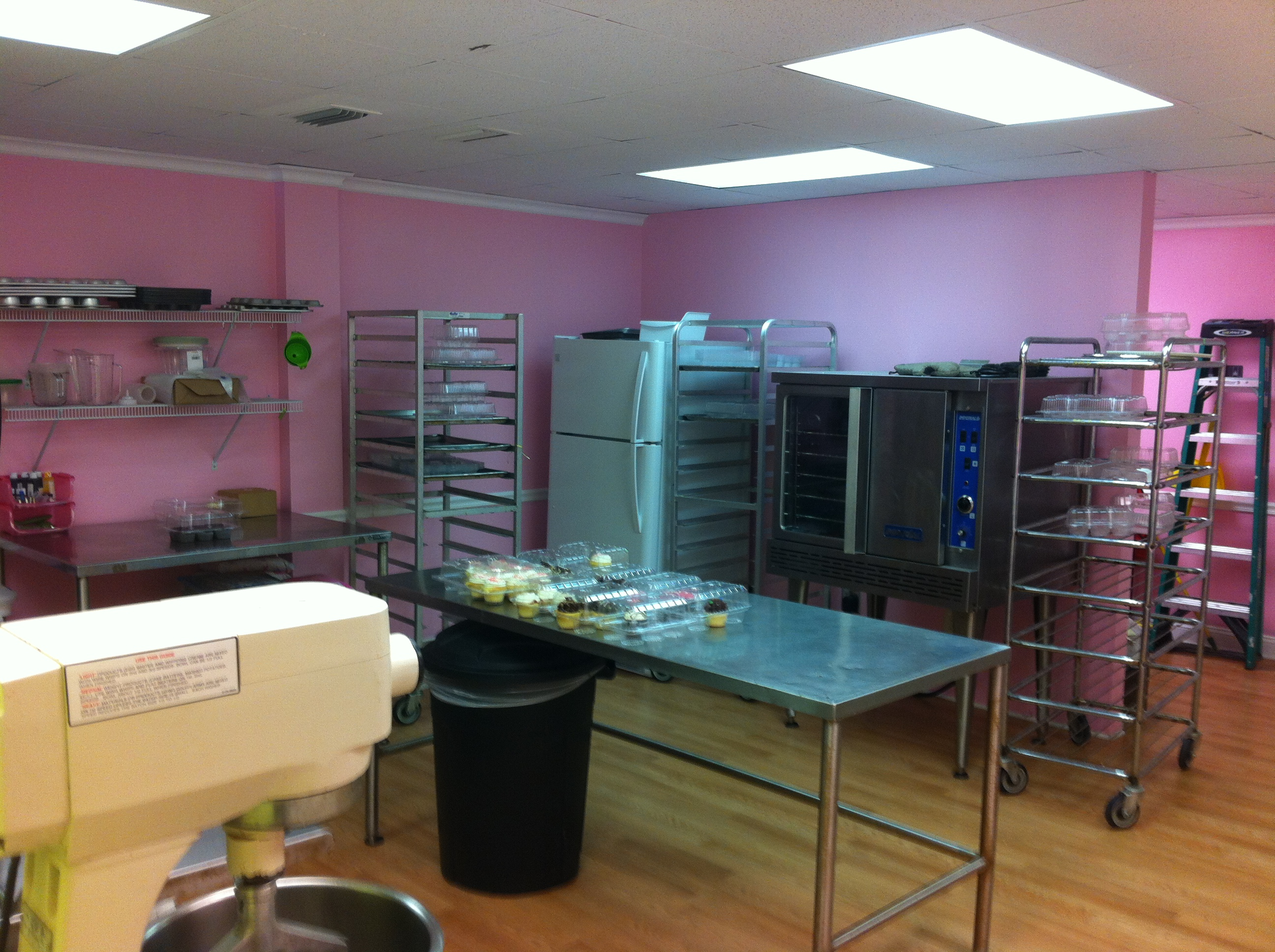 Unforgettable Cupcake Shop and Food Truck For Sale