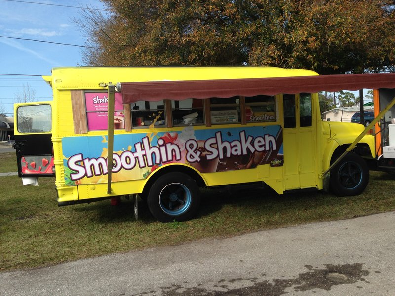 Smoothin' and Shaken' Shake Bus