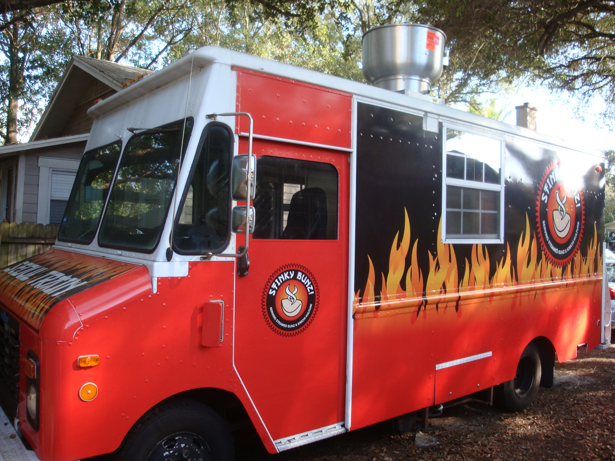 Stinky Buns Food Truck For Sale